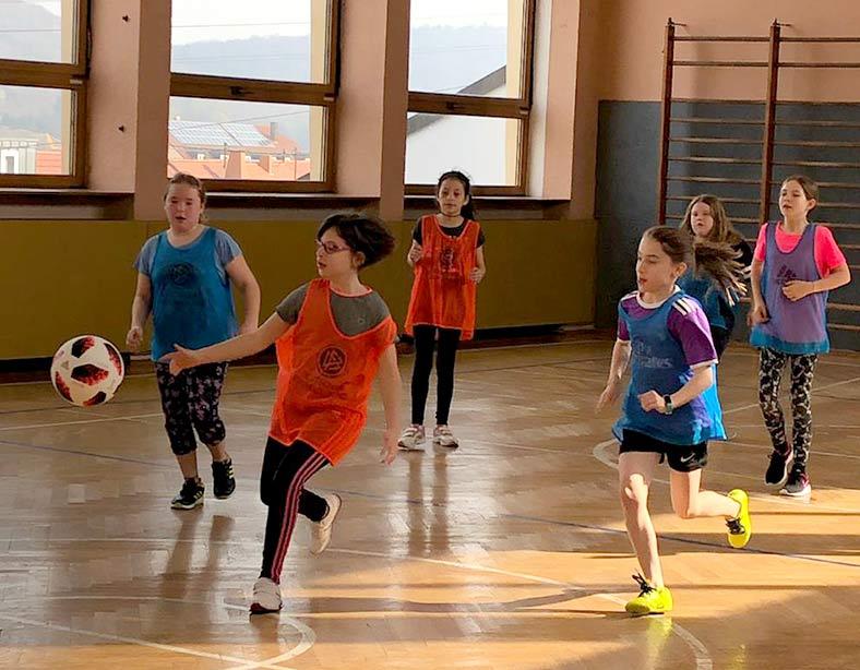 DFB mobil besucht die Grundschule Eppelborn
